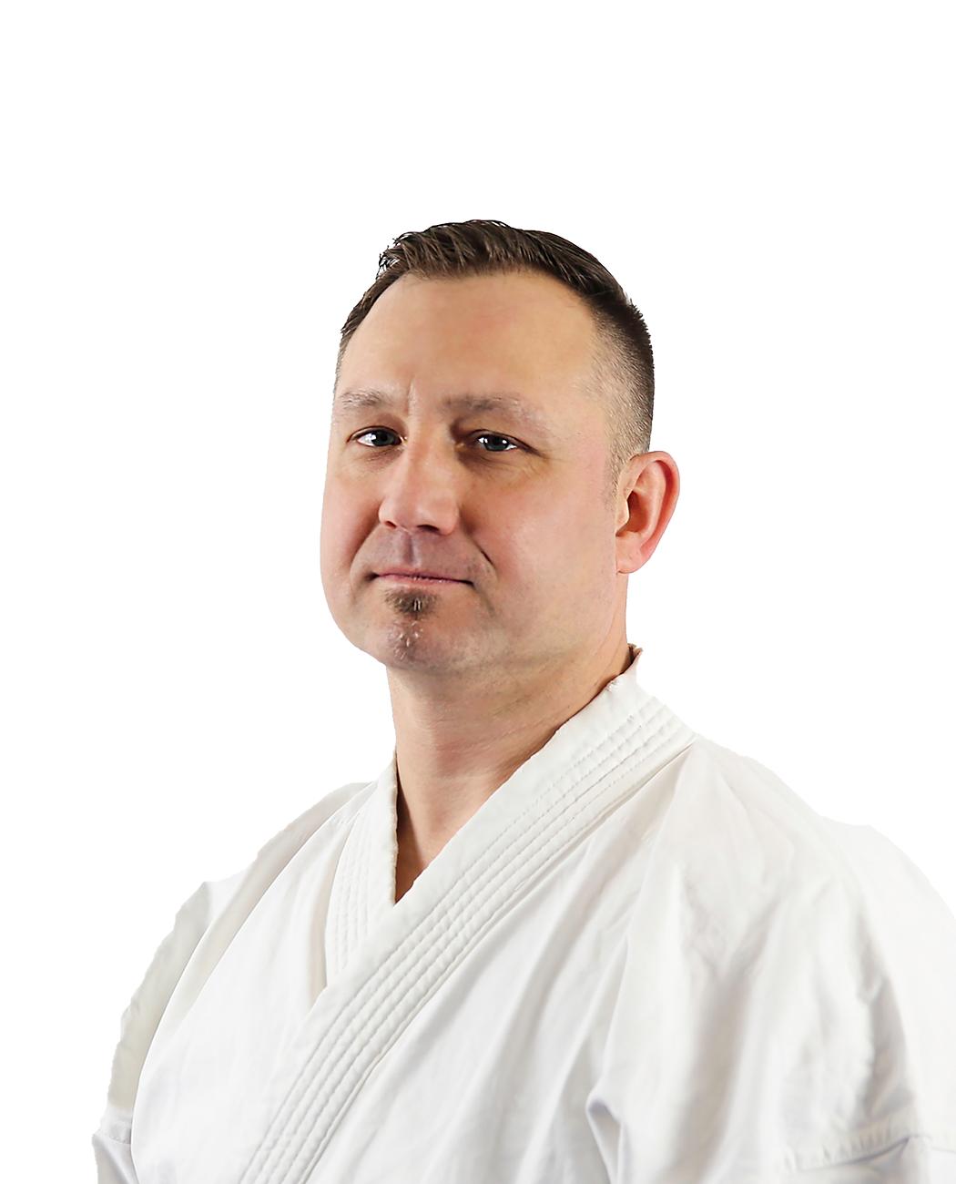 Karate_Trainer_Enrico-Kleiner_Portrait